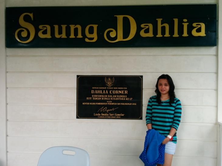 Saung Dahlia